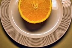 Teller-mit-Orange